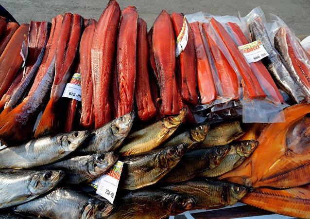 تصدير واستيراد الأسماك