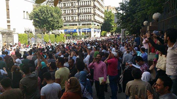 تزايد  أعداد متظاهري جمعة الأرض
