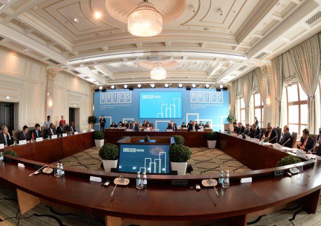 اجتماع وزراء مالية دول بريكس وأمناء بنك التنمية الجديد