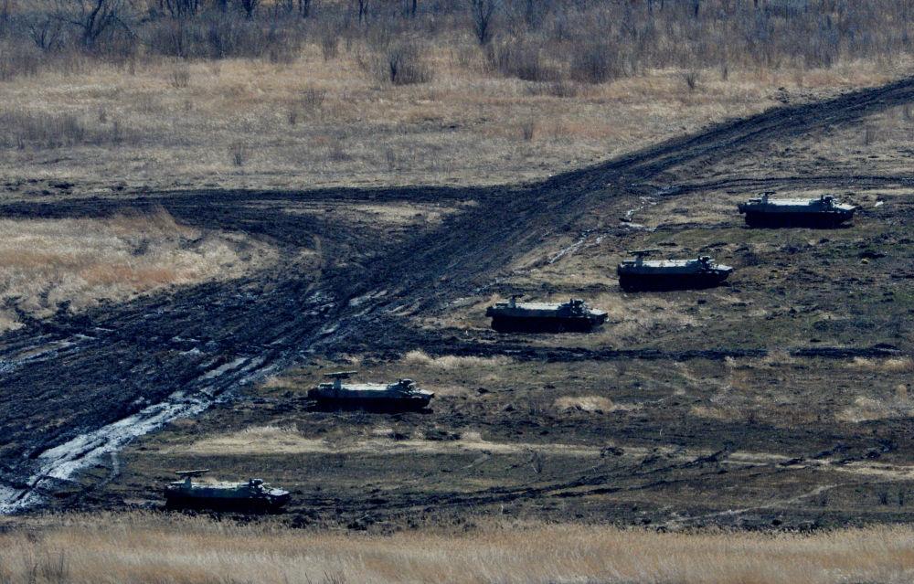 التدريبات التكتيكتية الخامسة المتنوعة للقوات المشتركة فى المنطقة العسكرية الشرقية في الحقل العسكري سيرغيفسكي في بريمورسكي كراي.