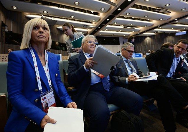 منتدى عصر جديد للصحافة: وداعا للتيار السائد