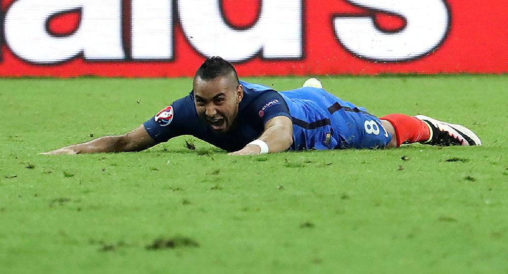 اللاعب الفرنسي ديميتري باييت