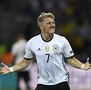 هدف باستيان شفاينشتايغر في المباراة التي جمعت ألمانيا وأوكرانيا