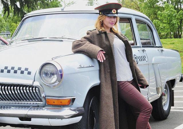 اللقاء الأول لنادي أصحاب السيارات السوفيتية في الولايات المتحدة الأمريكية
