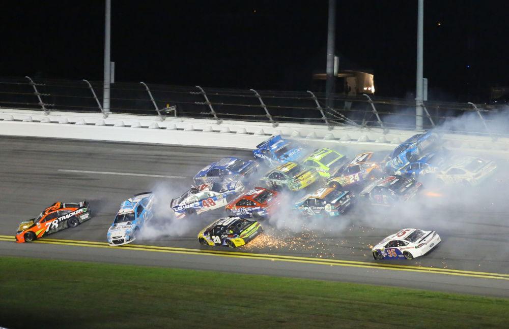 سباق السيارات NASCAR  في دايتون بيتش، فلوريدا 2 يوليو\ تموز 2016