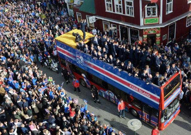 استقبال فريق أيسلندا العائد من يورو 2016 إلى وطنه