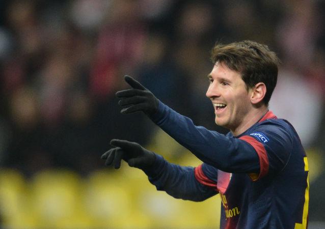لاعب كرة القدم الأرجنتيني ليو ميسي ونجم فريق نادي البرشلونة
