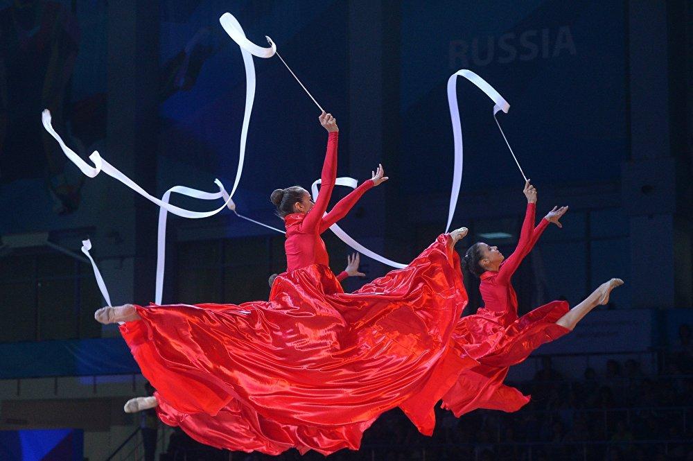 جمال الجمباز الإيقاعي في روسيا