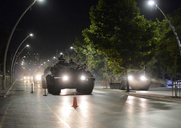 دبابات الجيش التركي في أنقرة