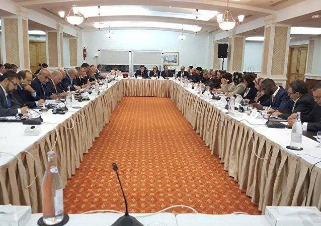 محادثات تونس