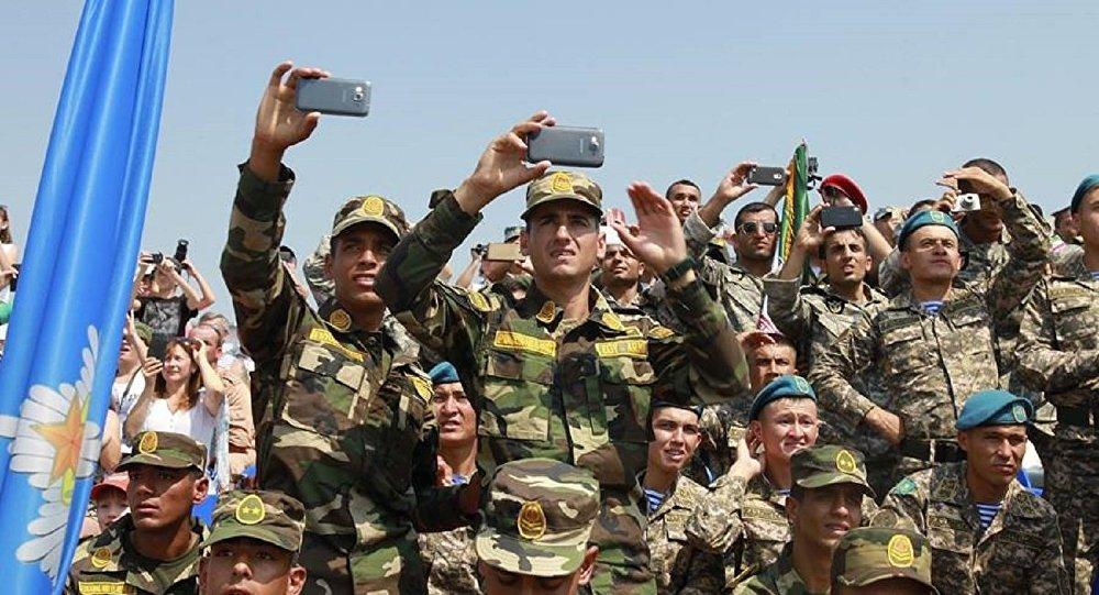جنود الجيش المصرى فى الألعاب العسكرية بروسيا