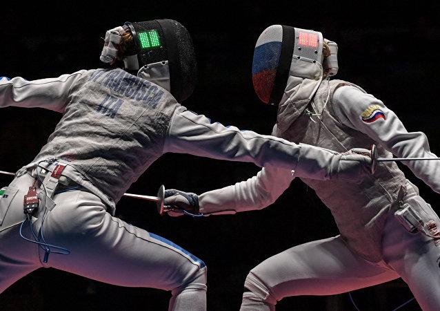 البطلة الأولمبية في المبارزة إينا ديريغلازوفا