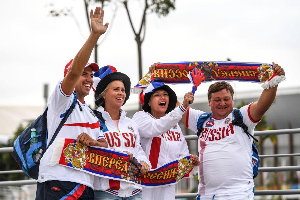 أولمبياد ريو 2016 - مشجعات روسيات في حديقة الأولمبياد بريو دي جانيرو، أغسطس/ آب 2016