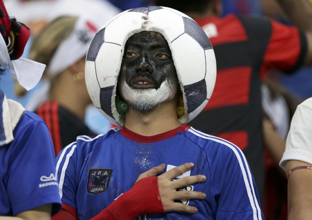 أولمبياد ريو 2016 - مشجع ياباني خلال تشجيعه للفريق الياباني لكرة القدم لرجال، 7 أغسطس/ آب 2016