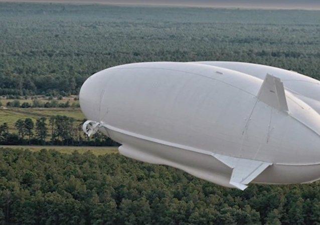 طائرة أيرلاندر 10
