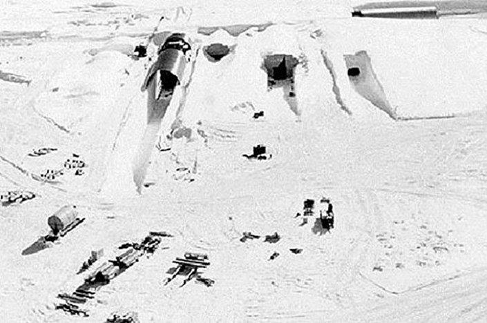 قاعدة أمريكية سرية في القطب الشمالي