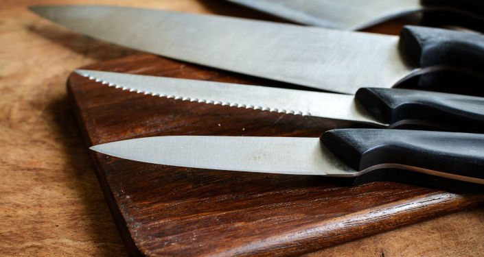 سكاكين