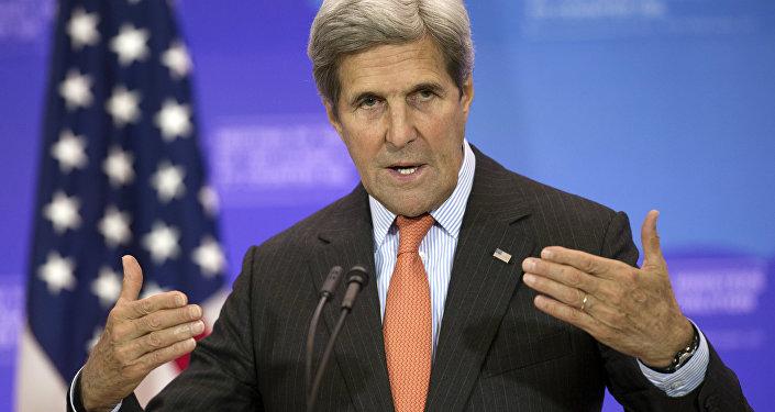 وزير الخارجية الامريكي في جدة لإجراء محادثات مع دول الخليج بخصوص الوضع في اليمن و سوريا