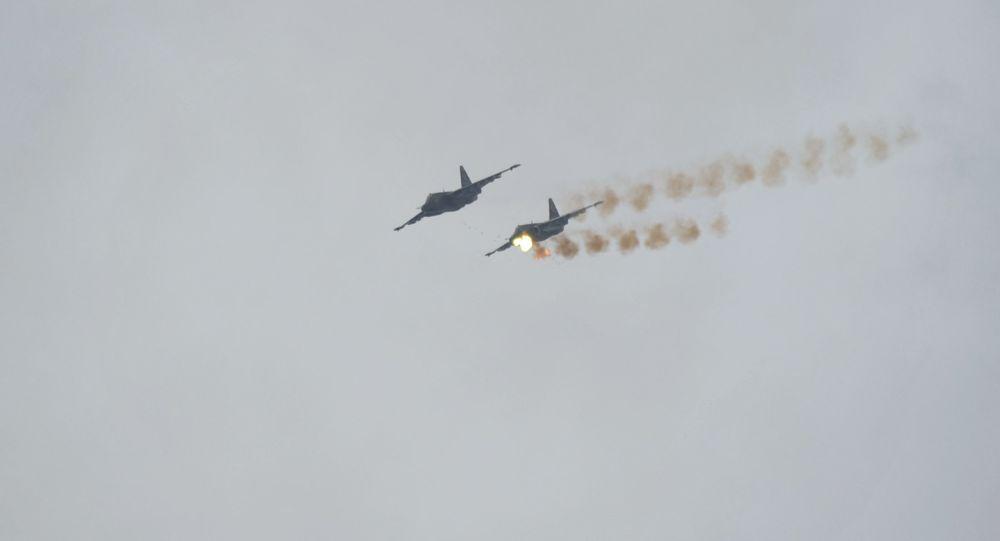 طائرات سو-25 خلال تدريب
