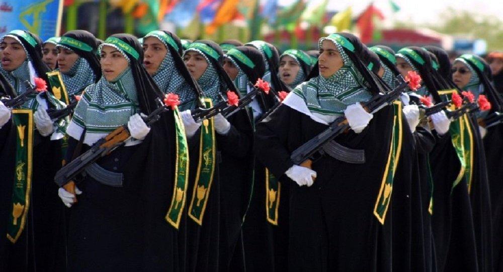 مجندات إيرانيات