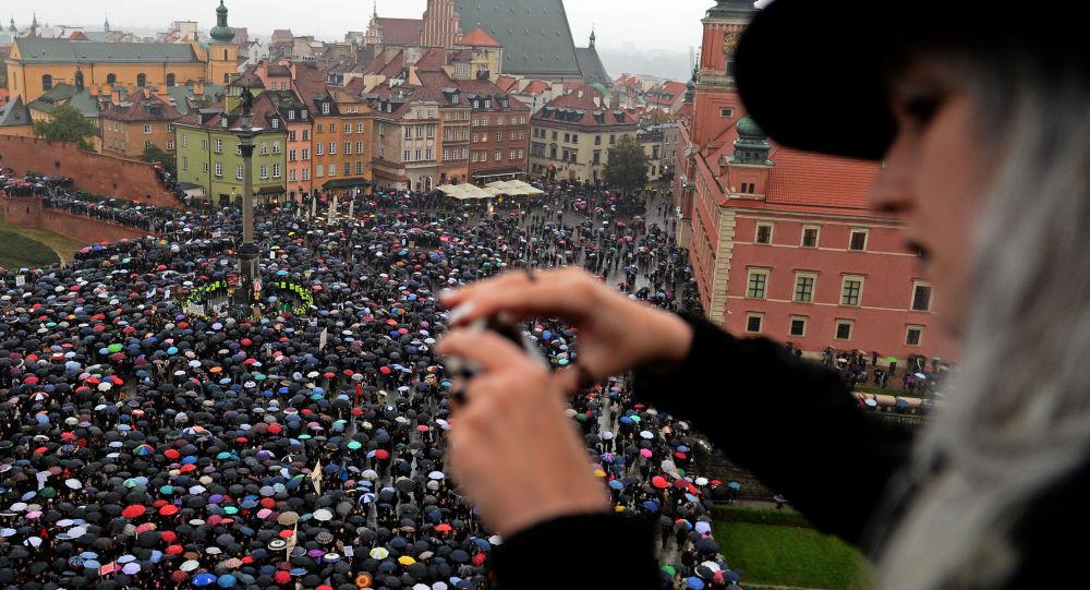 احتجاجات  في وارسو، بولندا