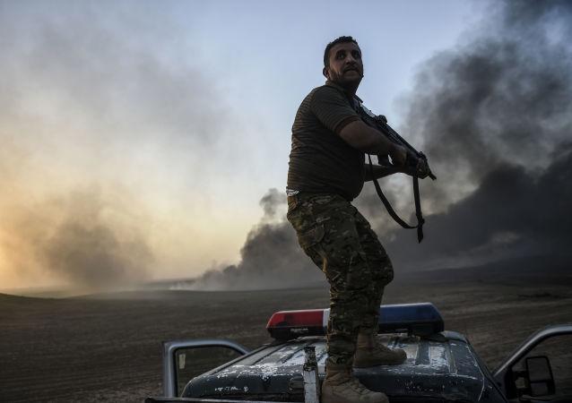 عملية عسكرية لقوات الجيش العراقي في منطقة القيارة في العراق