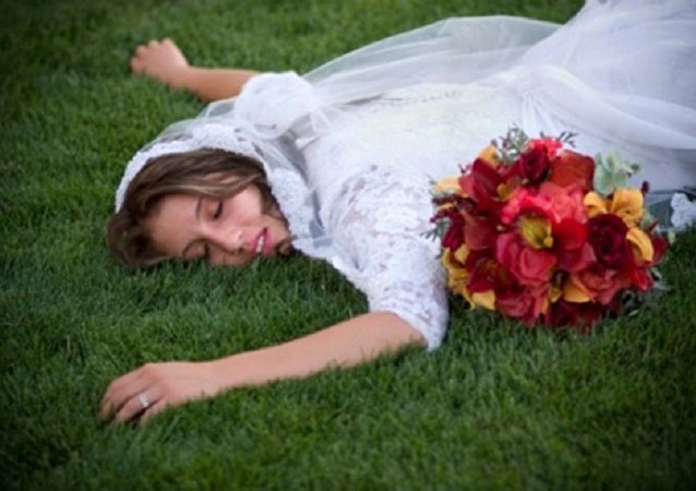 عروس أغمى عليها