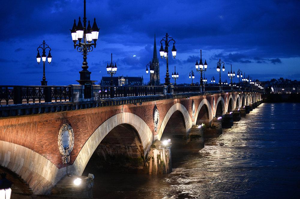 مدينة بوردو الفرنسية