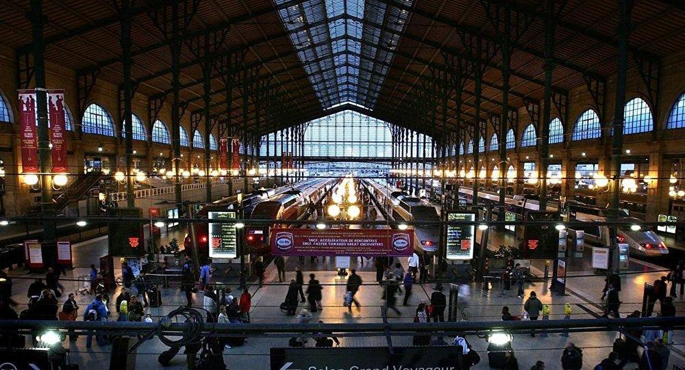 محطات قطارات يورو ستار بالإمكان التنقل من خلالها بين باريس ولندن وبقية مدن أوروبا
