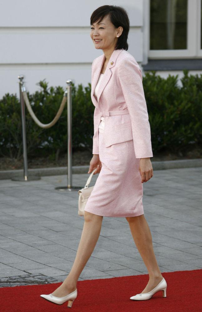 السيدة الأولى آكي آبي، وزجة رئيس الوزراء الياباني شيزو آبي، 2007