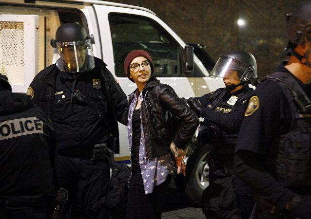 اعتقال مشاركين في تظاهرة ضد ترامب في مدينة بورتلاند