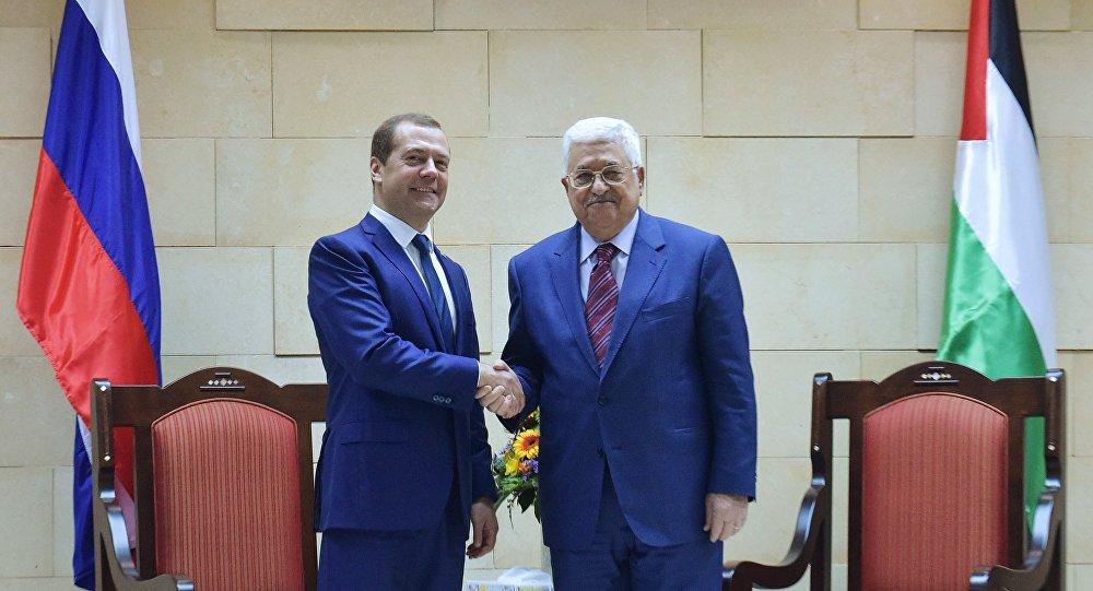 محمود عباس و ميدفيديف