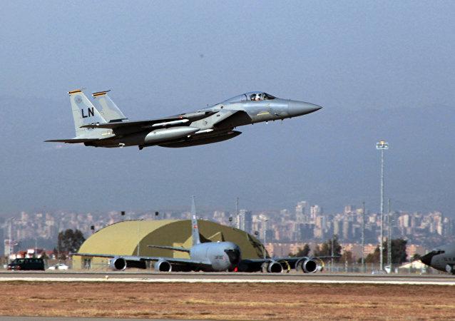 مقاتلة أمريكية من طراز اف 15