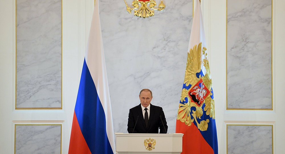 الرئيس فلاديمير بوتين خلال إعلان رسالته السنوية أمام البرلمان الاتحادي الروسي في الكرملين، 3 ديسمبر/ كانون الأول 2016