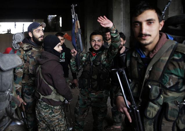 الجيش السوري يستعد لمعركة راموسة في حلب الشرقية، 5 ديسمبر/ كانون الأول 2016