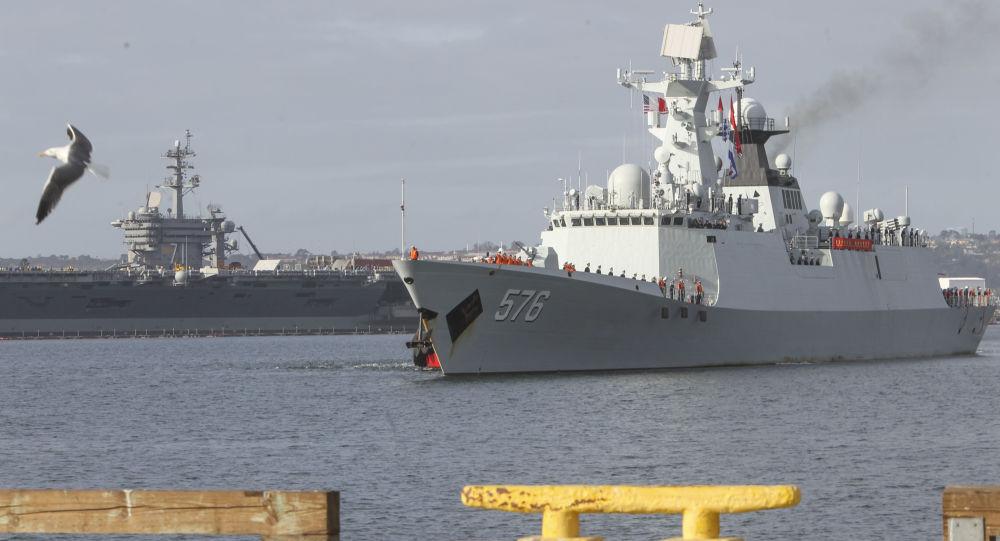 سفن تابعة لقوات البحرية الصينية تصل ميناء سان دييغة بكاليفورنيا، الولايات المتحدة 6 ديسمبر/ كانون الأول 2016
