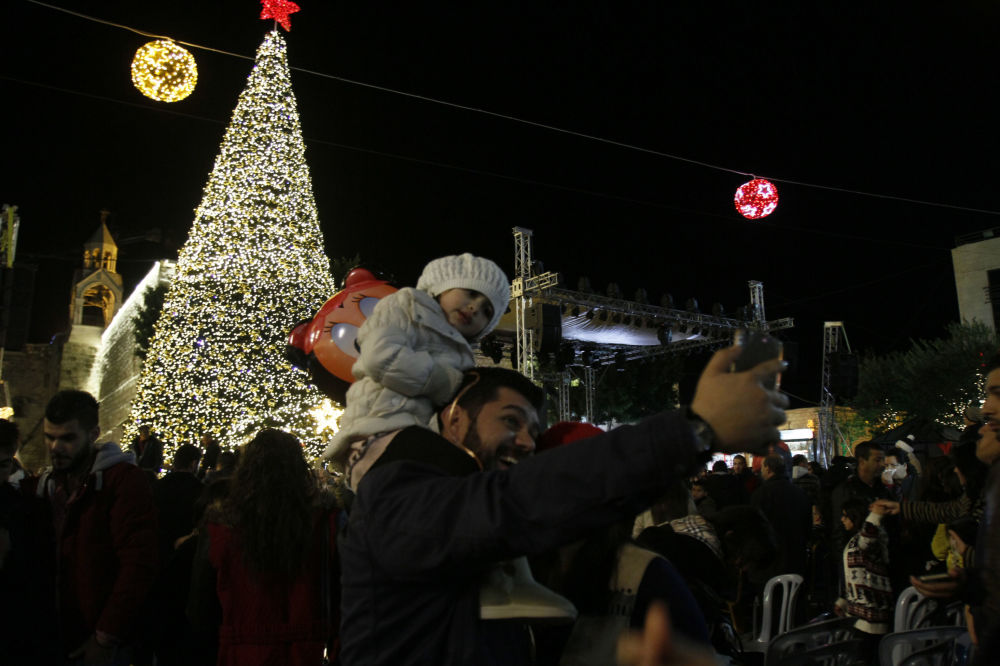 شجرة عيد الميلاد في مدينة بيت لحم، فلسطين، 3 ديسمبر/ كانون الأول 2016