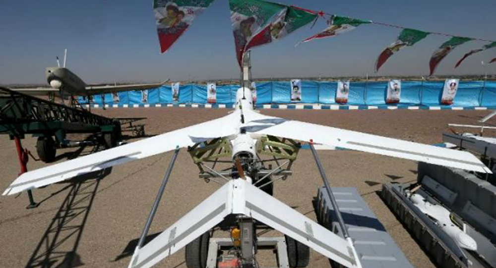إيران تكشف عن طائرة مسيرة جديدة