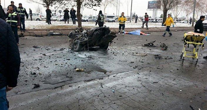 انفجار حافلة بمدينة قيصرية التركية
