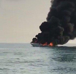حريق في يخت جنوبي الكويت