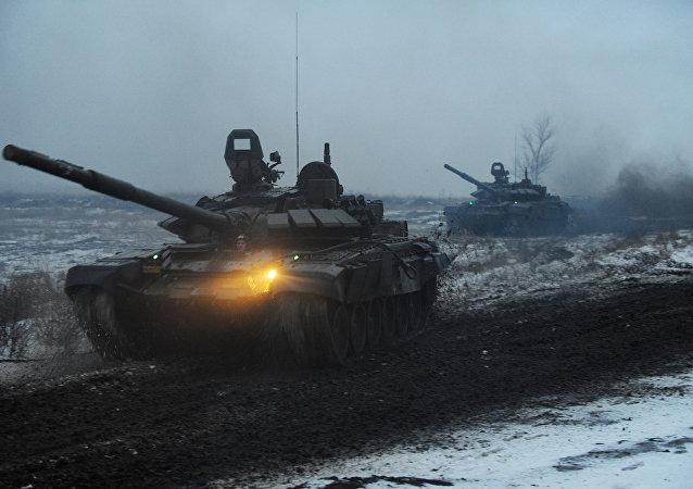صورة تعبيرية لدبابات خلال تدريب