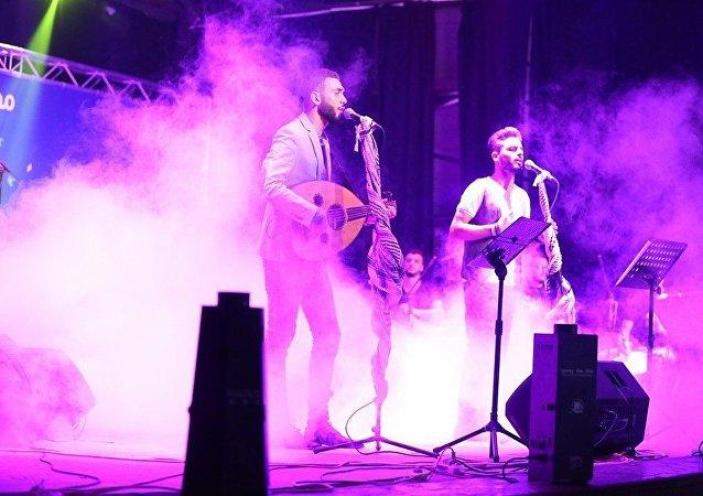 الفرقة الموسيقية الفلسطينية في غزّة دواوين