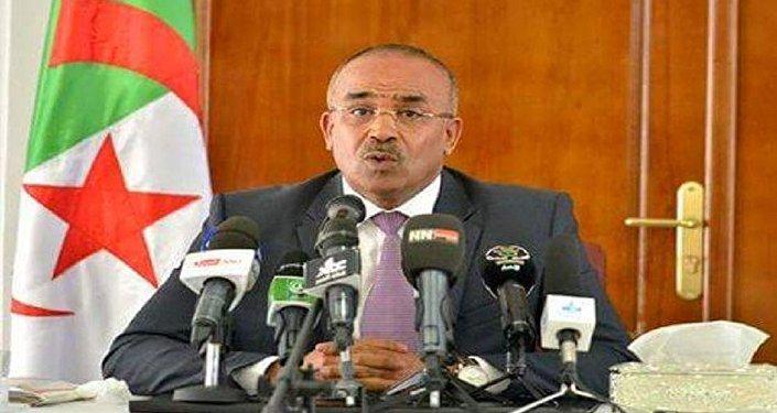 وزير الداخلية الجزائري، نور الدين بدوي
