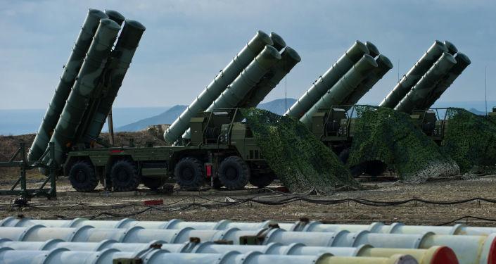 صواريخ إس-400 المضادة للطائرات