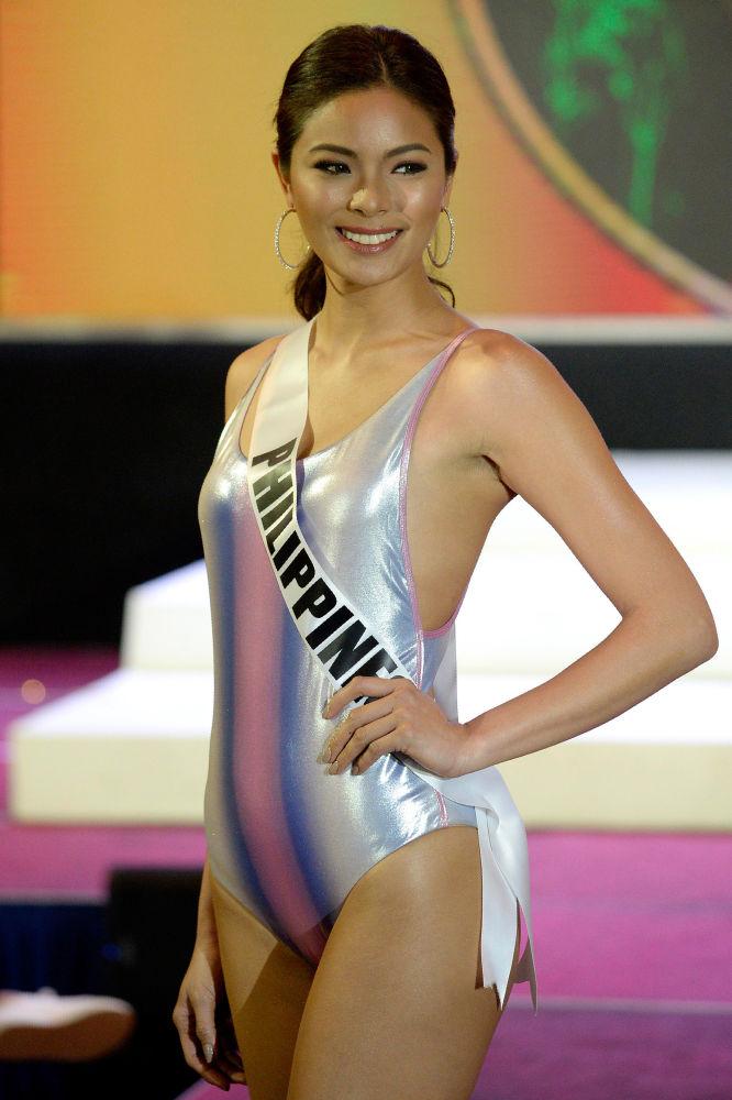 ملكة جمال الكون - ميس الفلبين، ماكسين مدينة، خلال عرض البيكيني في مدينة سيبو بالفلبين، 17 يناير/ كانون الثاني 2017