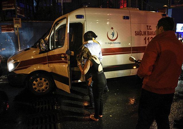 سيارة إسعاف تركية