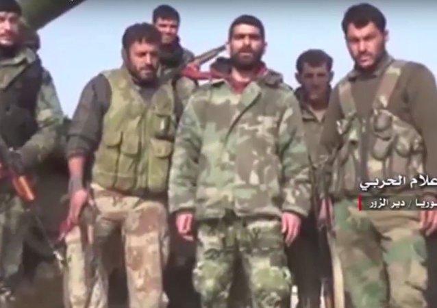 رسالة الجيش السوري في دير الزور