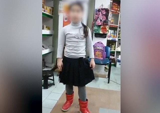 طفلة داغستانية