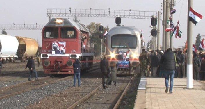شاهد حركة القطارات في حلب تعود للحياة