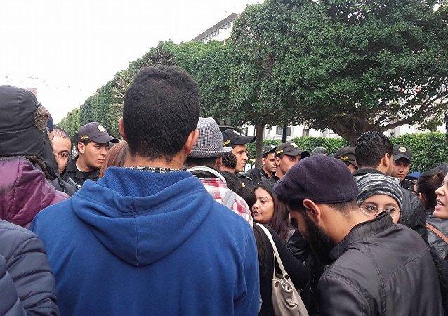 احتجاجات التونسيين المفروزين أمنياً